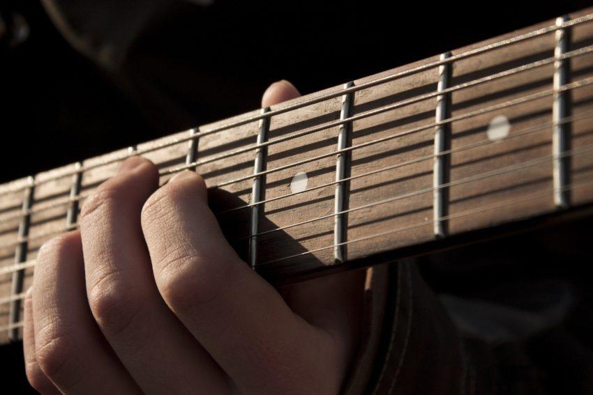 choix d'une guitare pour débutant